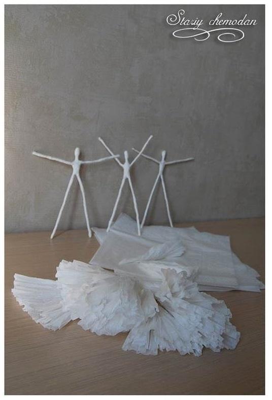 لباس با دستمال کاغذی